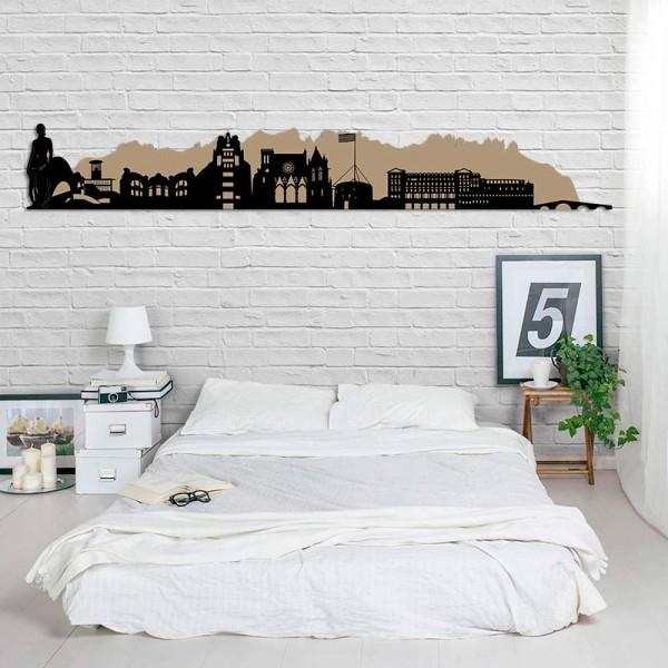 Skyline de la ciutat de Manresa en...