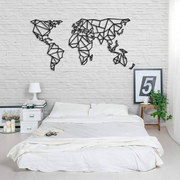 Mapamundi geomètric de fusta per paret