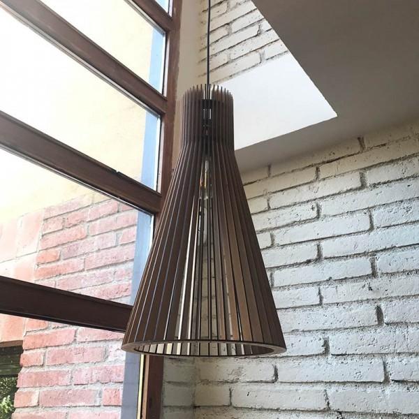 Lámpara de madera SARIERA